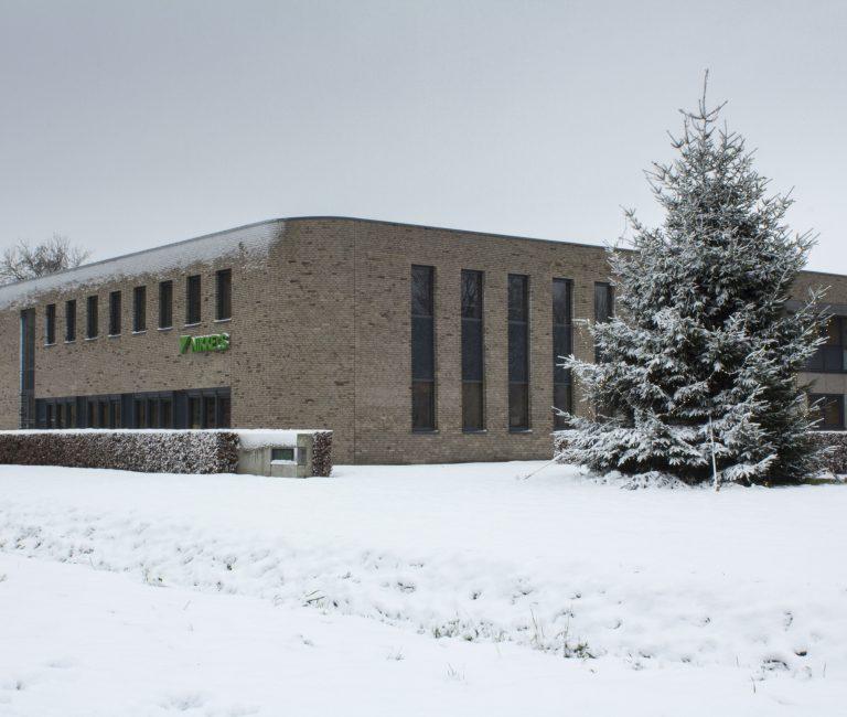 nikkels pand sneeuw-1